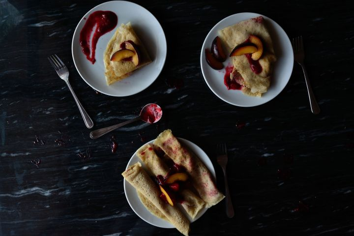 Pancakes with Stewed Plums (V, SF)